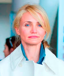 ... Cameron Diaz arrives at JFK airport in NYC 153157 - cameron-diaz-30may13-04