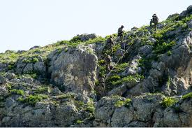 u s department of defense photo essay italian army special forces rappel during a mountain training exercise in l aquila