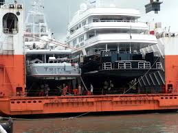 """Résultat de recherche d'images pour """"yacht DOCKWISE"""""""