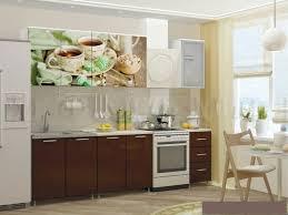 Коричневые <b>кухонные гарнитуры</b>