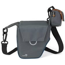 <b>Lowepro Compact Courier</b> 70 Gray