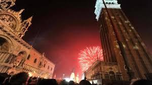 Risultati immagini per immagini capodanno venezia