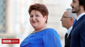 Blue <b>dress</b> and <b>new</b>-look women upstage <b>Italy's</b> macho politicians ...