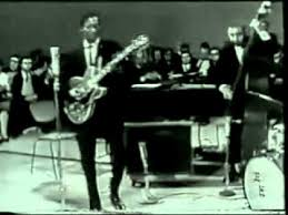 <b>Chuck Berry</b> - Johnny B. Goode (Live 1958) - YouTube