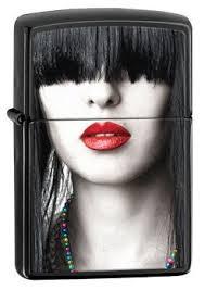 <b>Зажигалка Zippo</b> 28536 <b>Red Lips</b>