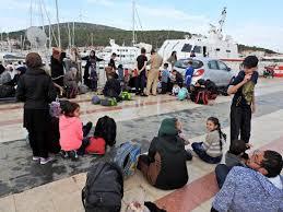 Çeşme'de 59 kaçak yakalandı