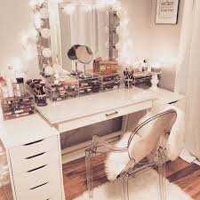 1000 ideas about clear desk on pinterest apartments downtown desks and small study bathroomlovely lucite desk chair vintage office clear