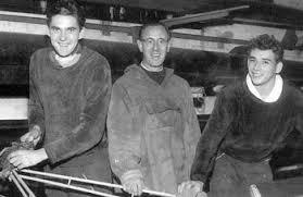 """Helmut Sauermilch und Claus Heß, hier mit Trainer Dr. Theo Cohnen vor Olympia 1956, Deutsche Meister im """"Zweier-ohne"""" 1955 und 1956 - zo56"""