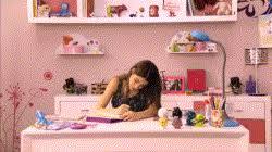 Resultado de imagem para quarto da Violetta