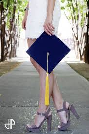 best ideas about college graduation college facebook university of arizona tucson graduation photoshoot senior picture class of orange grove trees cap and tassel college of science