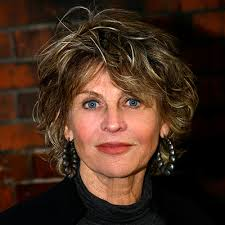 Julie Christie - Transformation - Beauty - Celebrity Before and After. Caroline Eluyemi/Camera Press/Retna - 041411-julie-christie4-400
