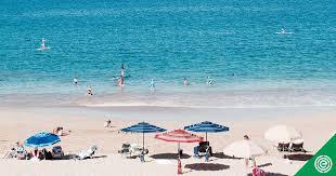 EWG rating for <b>La Mer</b> UV Protecting Fluid Lotion, <b>SPF</b> 50 | EWG's ...