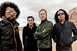 <b>Alice in Chains</b> > Loudwire