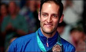 Simon Archer - more glory in the men's doubles title - _1150905_archer300