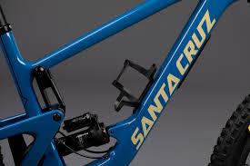 Santa Cruz <b>Carbon Bottle Cages</b> | Santa Cruz Bicycles