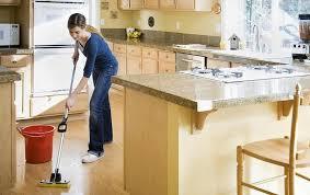 clean kitchen: best way to mop kitchen floor
