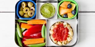 These dishwasher-safe <b>bento lunch boxes</b> make it easy to pack ...