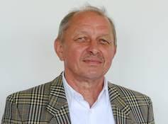 <b>Dieter Golombek</b> - Vorsitzender der Jury des Deutschen <b>...</b> - 0044C1EC_41B214E1406D463124BAAB1D75EB2FDB