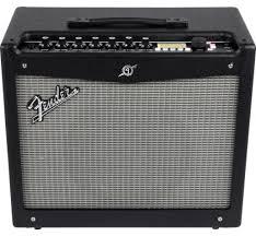 Транзисторный <b>гитарный комбоусилитель Fender Mustang</b> III V2 ...
