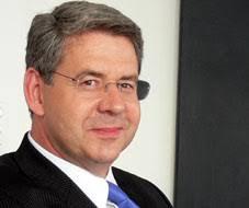 ... Sitz der Anwaltskanzlei von Martin Wagner (Bild), dem Präsidenten des BaZ-Verwaltungsrates, mit einem Aktienkapital von einer Million Franken gegründet. - RTEmagicC_picWagnerMartin8.jpg