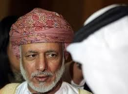 Le ministre omanais des Affaires étrangères, <b>Youssef ben</b> Alaoui, <b>...</b> - 75945_le-ministre-omanais-des-affaires-etrangeres-youssef-ben-alaoui-le-7-mars-2011-a-abou-dhabi