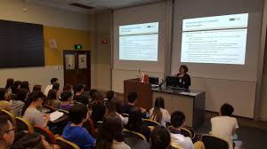 international students experience bel for an afternoon faculty accounting lecturer mrs sandra lazzarini explained the value of uq s commerce programs