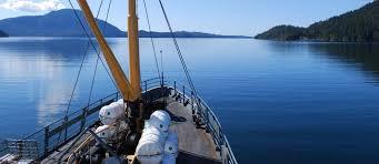 <b>Lady Rose</b> Marine Services: Daytrips, Kayaking, Lodging