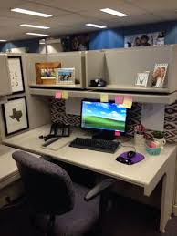 decorated office cubicles simple cubicle desk decor awesome decorated office cubicles qj21