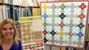 TRELLIS <b>Pattern</b> - A <b>Flowers</b> and Vines Quilt that's so Fine!