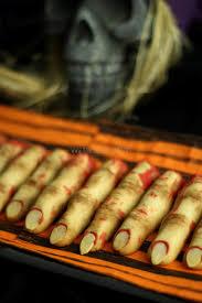 <b>Zombie</b> Finger Cookies