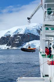 stunning antarctica a photo essay annual adventure antarctica zodiac unloading