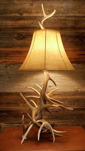ranch style interior decorating texasbowhuntercom community this multi antler lamp consists of spiraling whitetail deer antlers a