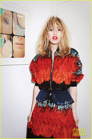 suki waterhouse to muse i want a baby in years exclusive suki waterhouse to muse i want a baby in 10 years exclusive