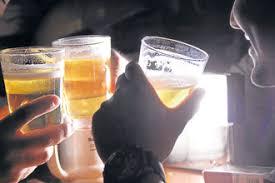Resultado de imagem para ALCOOL NAS UNIVERSIDADES