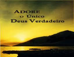 Resultado de imagem para Adore a Deus, pois Ele é Santo (