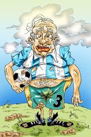 Resultado de imagen para viejitos jugando futbol