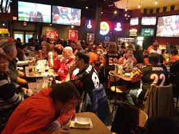 buffalo wild wings buffalo wild wings office photo glassdoor cincinnati oh buffalo wild wings photo of nfl sundays at the bar