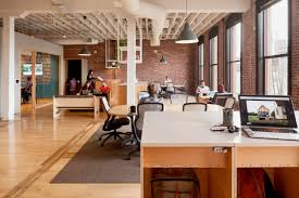 consequently there are spaces for people who like to work in a bright office and others for those who prefer airbnb office