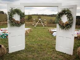 Decorating A Trellis For A Wedding Elegant Wedding Invitations Rustic And Vintage Barn Weddings Diy