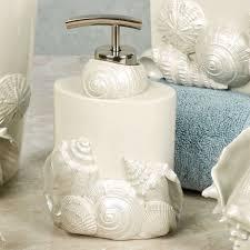 shells decor nautical theme