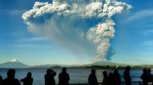 Resultado de imagen para erupcion volcan calbuco