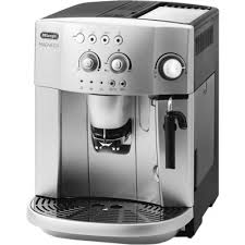 <b>Кофемашина</b> автоматическая <b>Delonghi Magnifica ESAM 4200</b>.S