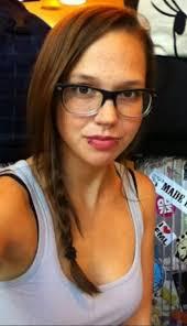 Die Walliser Rockröhre Stefanie Heinzmann scheint ihr Herz an einen Zürcher Punkrocker verloren zu haben. Doch bestätigen wollte sie dies in der ... - stefanie-heinzmann-privat-14