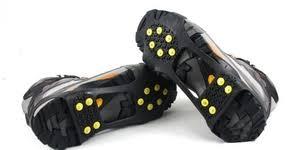 <b>Накладки на обувь</b> против скольжения - что такое