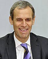... Michael Kemmer, auf Druck der bayerischen Staatsregierung seinen Hut. - hypo-debakel-chefsessel-bayernlb-boss-kemmer-posten-257801_i