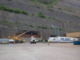 mrs carr s wv coal project blog we also saw an airport that was built on the top of a mountain on a reclaimed mine site some other purposed land is used for grazing cattle golf courses