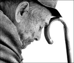 Resultado de imagem para idosos maos
