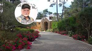 <b>Beach Boys</b>' Mike Love Lists California Home for $6.45<b>M</b> - Mansion ...