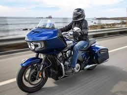 <b>Riding</b> The Completely <b>New 2020</b> Indian Motorcycle Challenger ...