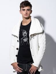 <b>Men's</b> High-necked Sweater Horn Button Knit Coat with Pocket Solid ...